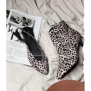 Shoes - 🆕️//The Hayley// leopard print slingback Flat